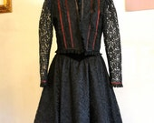 On reserve for STONE// Black Velvet & Lace Gunne Sax 2 Piece Victorian Style Gown // Size S-M