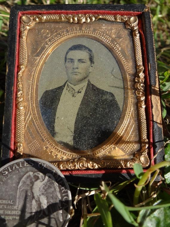 Confederate Photo in Original Civil War Era Case and Frame - RARE 1860s Antique Photograph