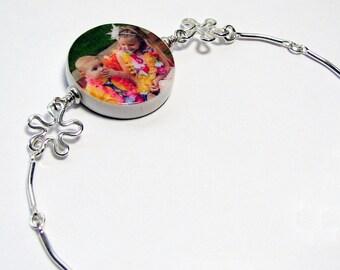 Sterling Splat Charm Bracelet with a Round Photo Charm - P6B34