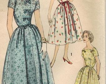 1950s Simplicity 2505 Vintage Sewing Pattern Misses Half Size Slenderette  Dress Size 12-1/2 Bust 33