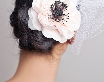Pale Pink AnemoneOrganza 4.5 Inches