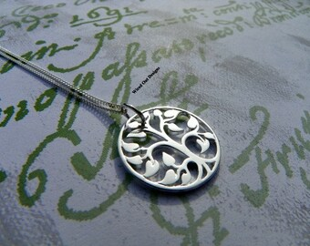 Medium Silver Plated Tree Of Life  Necklace - Steals & Deals