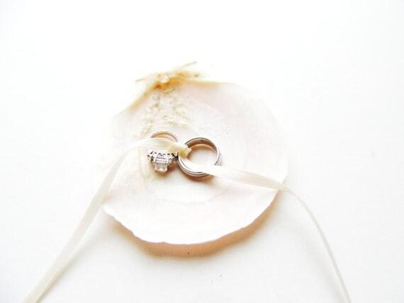 Seashell Ring Bearer Wedding Ring Holder Bowl Dish Pillow Alternative Beach Wedding Ivory Clam Shell Destination