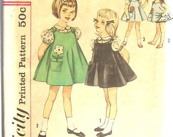Vintage 50s Girls Dress Jumper Bloomers Blouse Pattern UNCUT FF 21 bust size 2 Simplicity 4246