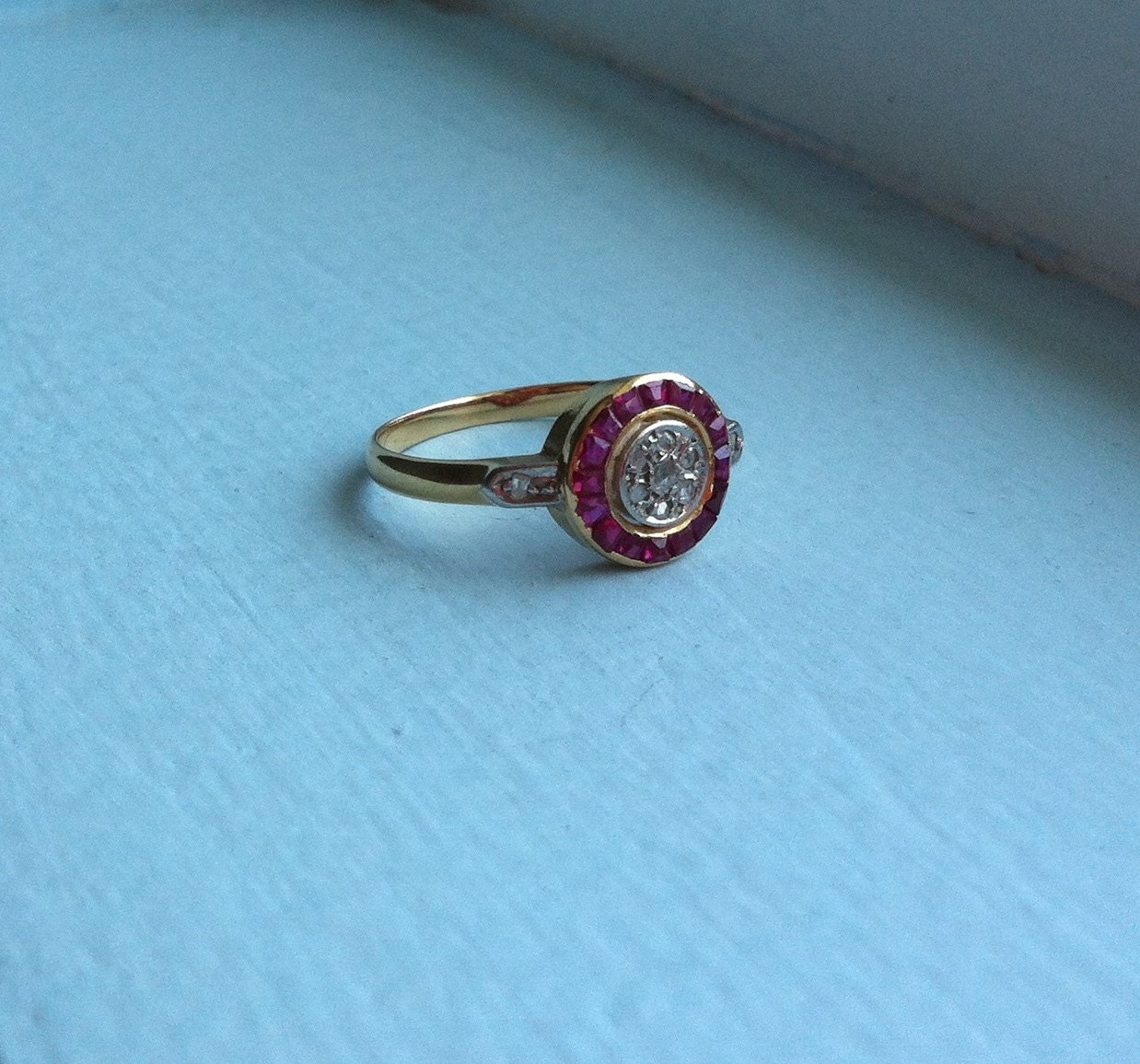 Rare Original Art Deco Target Ring Solid 18k Gold With