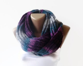 Knit Scarf ,Christmas Gifts ,Gifts For Her // Knit Infinity Scarf ,Chunky Knit Scarf,Men Scarf ,Winter Scarves ,Cowl Scarf , Holiday Fashion