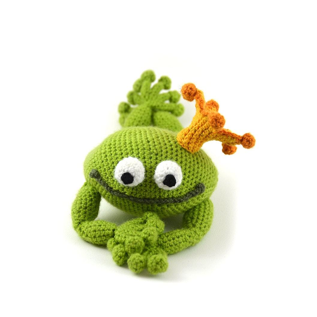 handsome frog prince crochet pattern frog crochet pattern. Black Bedroom Furniture Sets. Home Design Ideas
