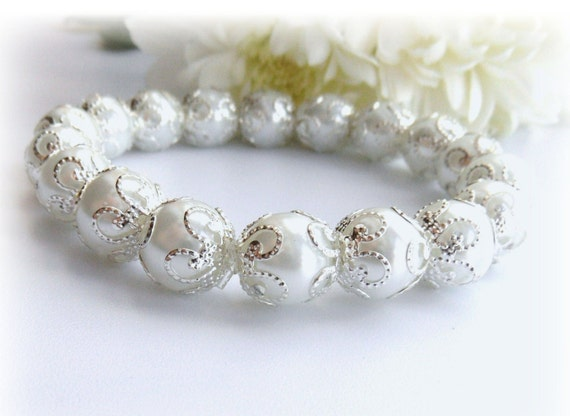 White Bracelet  - Wedding Bracelet -  Pearl Bracelet  - Beaded Bracelet - Bangle
