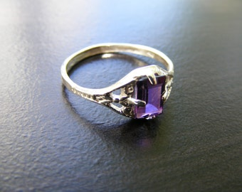 15% Off Sale.S6 Made to Order...Solid Sterling Silver or Solid Gold Antique Filigree Ring With 1 carat Natural Amethyst Gemstone
