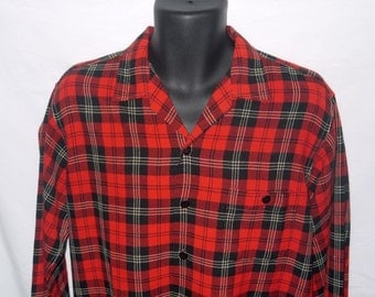 Vintage 40s 50s plaid shirt / 1940s loop top collar / 1950s rockabilly / red black button up .. S M / chest 44