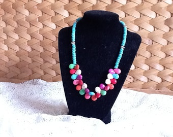 Natural and color-dyed turquoise necklace