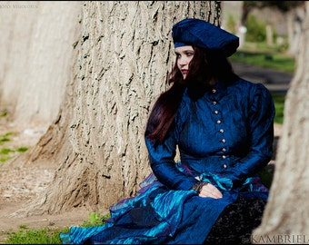 Iridescent Peacock Beret with Shimmering Leaf Beadwork & Blue Crushed Taffeta - Brand New by Kambriel