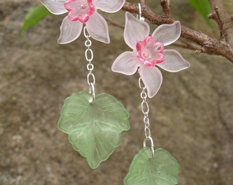 Pink Daffodil Statement Earrings, flower dangle earrings in pink, green and silver, lightweight floral jewelry