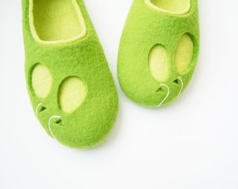 Felted woman slippers BALLOONS
