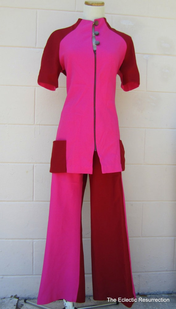 1960s Mod Pantsuit Two-Tone Retro Modern Bell Bottoms and Tunic Vintage Medium