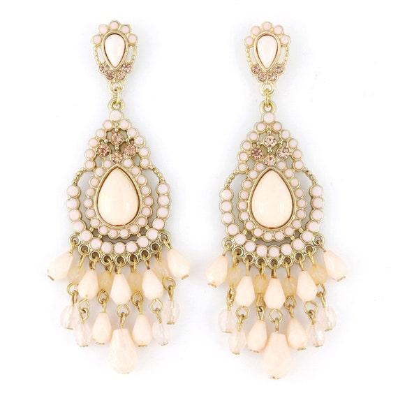 Exquisite Gold-tone Bohemia Feel Light Pink Beaded Long Drop Post Earrings D5