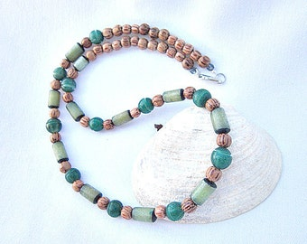 Emerald Green Bead Necklace with Wood Beads  ID 300