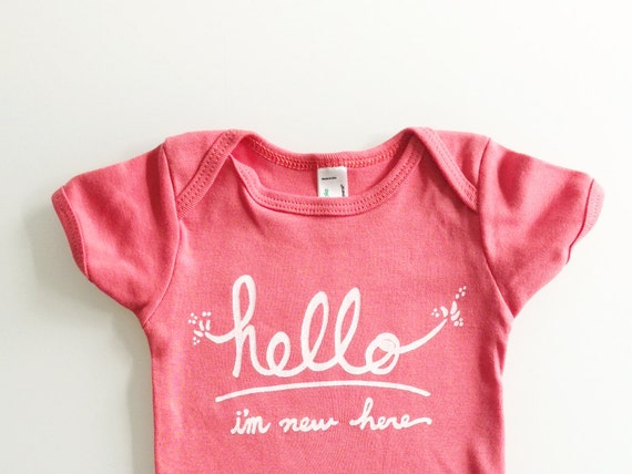 Hello I'm New Here - Funny text baby gift (6-12 mo - coral)