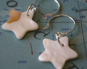 White Mother of Pearl Star Earrings, dangle earrings, simple earrings, pearl earrings, star earrings,star dangles,star drop, simple earrings