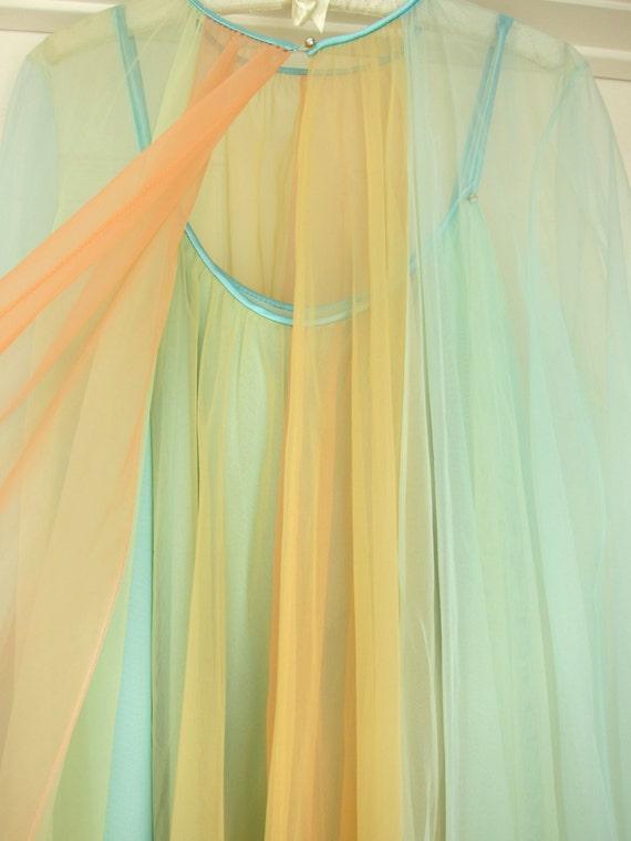 70s Vanity Fair Rainbow Ombre Babydoll Vintage Peignoir Lingerie Nightgown Set - Pastel Chiffon Triple Layers - Mint NOS New Old Stock - M