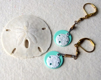 Sand Dollar Earrings, vintage enameled sand dollars, vintage mint green enameled discs, seashell earrings - nautical fashion
