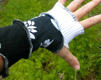 Upcycled Armwarmers, Black & White Flower