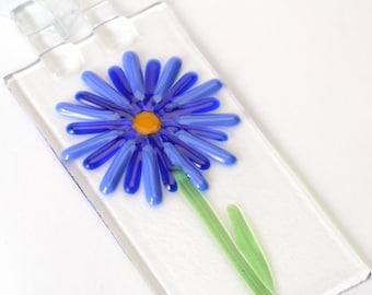 Cobalt Blues Flower Power Suncatcher, garden decor, flower sun catcher, garden decor