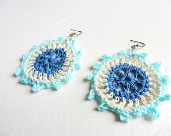 Crocheted earrings light blue, white and blue jean- Paraty
