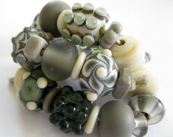 Artisan Lampwork Beads SRA Ivory and Gray Grey