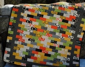 PDF QUILT PATTERN.... Quick and Easy...Jelly Roll, Layer Cake, Fat Quarter, Fat Eight friendly, Borderline Crazy
