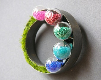 Gazing Ball Garden Brooch