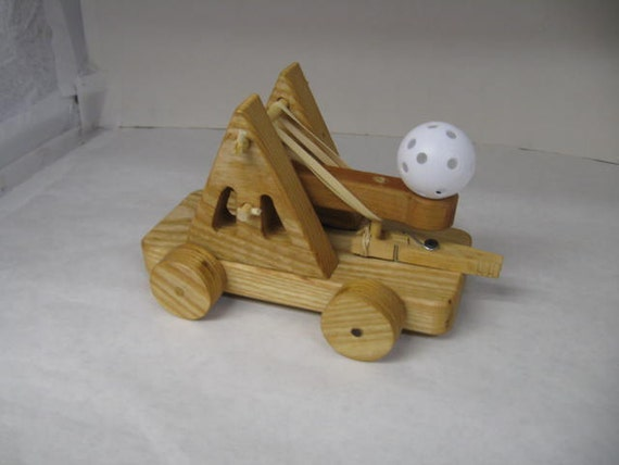 Wood toy catapult