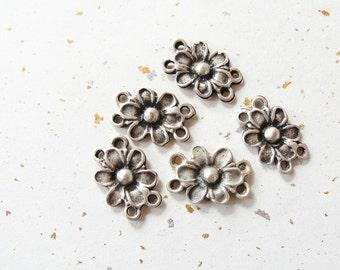 Daisy Bracelet Links  5pc