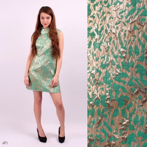 60s GOLD Dress . Shift Dress Green A-Line Brocade Sleeveless Retro Vintage Sixties Twiggy Gogo Mod Minidress  . Medium