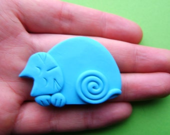 Polymer Clay Turquoise Blue Cat Pin Brooch or Magnet