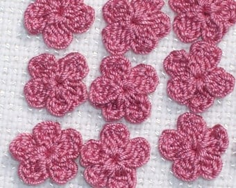 20 handmade dusty rose thread crochet applique flowers  -- 1755
