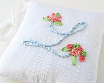 Letter L lavender sachet, silk ribbon embroidered initial, hanging scented sachet, linen closet freshener