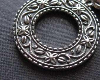 Mary Jane's Botany - Solid Sterling Silver toggle clasp - oxidized - 25mm