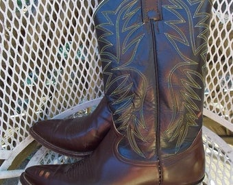 Nocona Western Boots late 50s early 60s era Cowboy Boots sz 10B Brown with Stitched uppers Super Condition