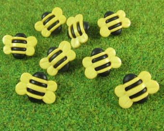 Bumble Bee Novelty Buttons