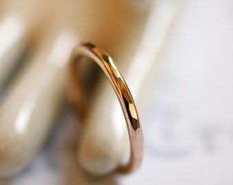 CUSTOM MADE Hammered Simple Gold Band Ring, Thin Gold Hammered Wedding Ring, Custom Gold Band Promise Ring