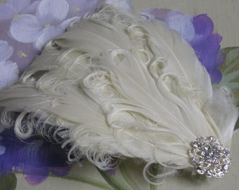 Bridal hair accessories/ wedding hair accessories/ New handmade 1920s inspired ivory/cream feather fascinator