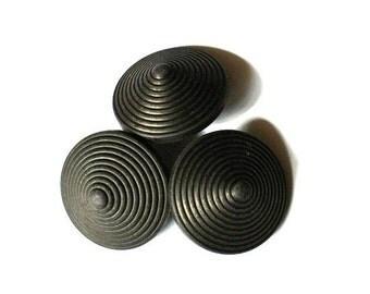6 Vintage plastic buttons black circles design 23mm