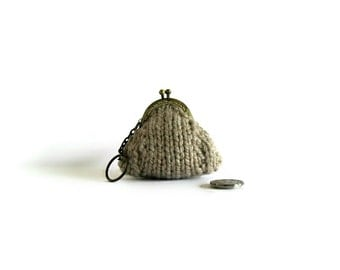 Beige Wool Hand Knit Small Coin Purse, Clasp, Keychain, Money Holder, Kiss Lock, Cute, Gifts Under 20, Pouch, Change Purse, Clasp Pouch