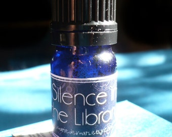 Silence in the Library Perfume Oil 5ml