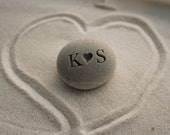 Personalized gift for him or her - i (heart) u beach stone - Petite love stone with couple's initials by sjEngraving