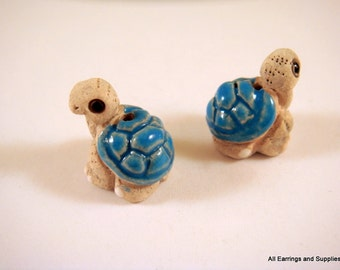 SALE - 2 Turtle Beads Animal Beads Blue Hand Painted Glazed Ceramic 16x14mm - 2 pc - 5960
