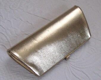 envelope clutch . Gold Clutch . 60s Gold Envelope Clutch . clutch with chain . evening bag . gold evening bag