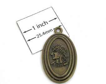 Antiqued Brass, Vintage Style, 35mm x 20mm Oval Pendant, 1090-14