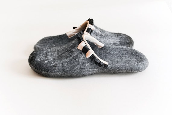 Women house shoes, handmade felted slippers, gray, white, black